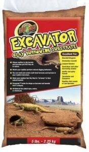 Zoomed Excavator Clay Substrate